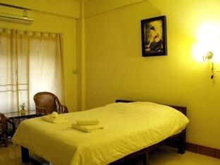 Nana Apartment Phrae - Double Room