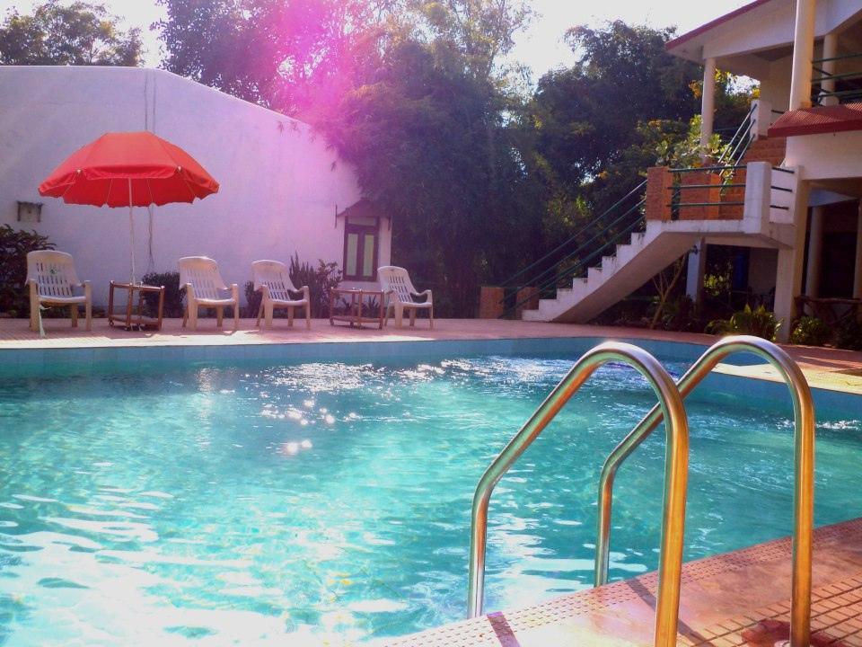 Golbro Tiger View Resort - Hotell och Boende i Indien i Bandhavgarh