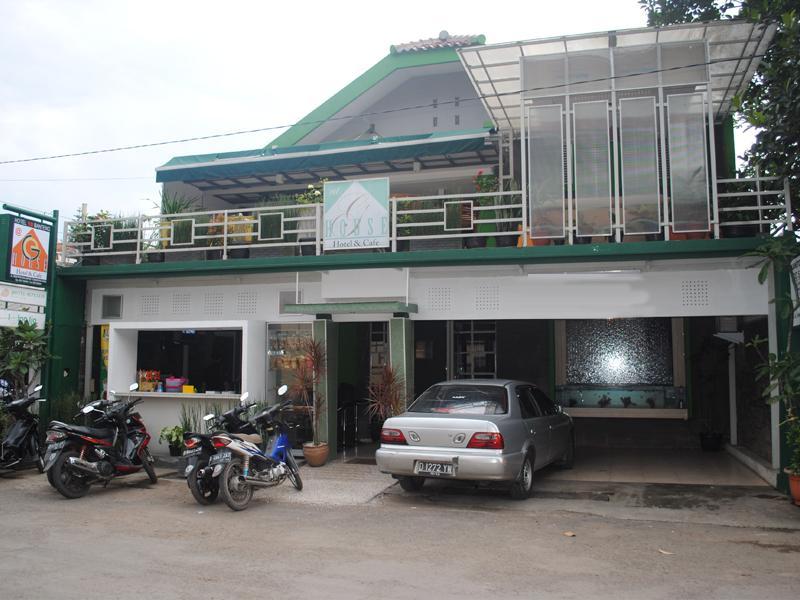 Hotell Hotel Sepuluh Banteng @ G. House