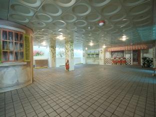 Chezlee Hotel Seoul - Car Park