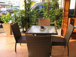 Sabai Inn Patong Phuket פוקט - בית המלון מבפנים