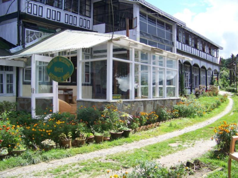 Main Old Bellevue Heritage Hotel - Hotell och Boende i Indien i Darjeeling