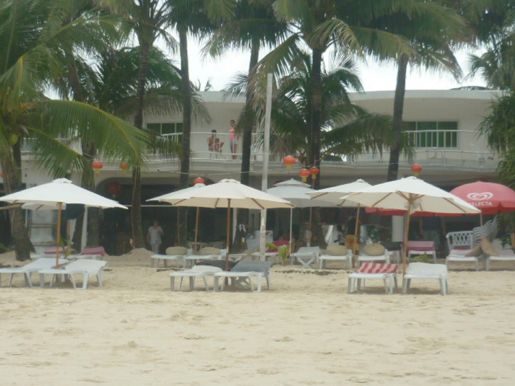 Alla Luna Rossa Beach Hotel Boracay Island