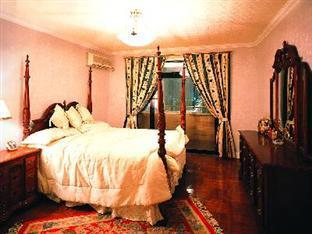 Patina Court - Room type photo