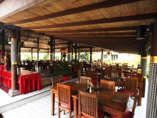 푸리 다렘 사누르 호텔 발리 - 식당