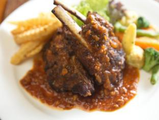 Puri Dalem Sanur Hotel Bali - Eten en drinken