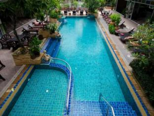 Sabai Wing Pattaya - Swimming Pool