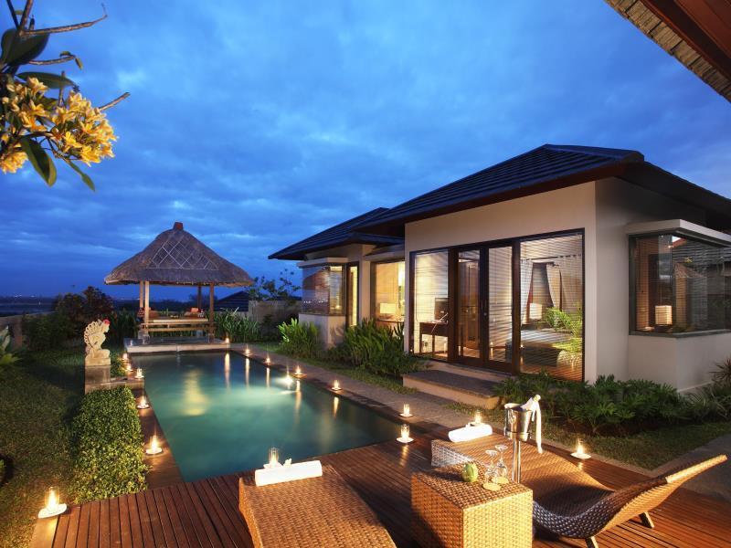 Hotell Swiss-Belhotel Bay View Villas