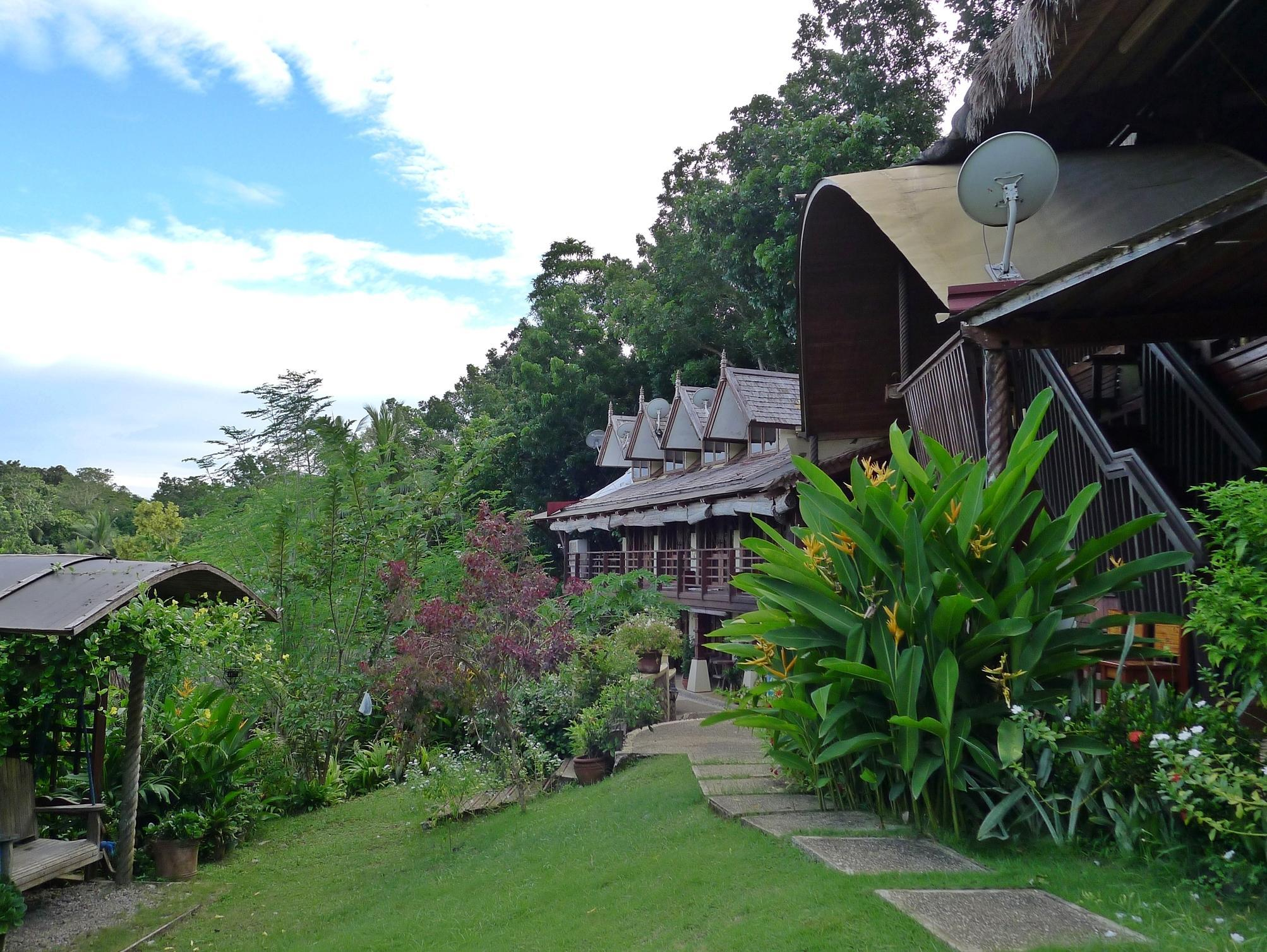 Mountain's Bay Guest House and Spa - Hotels and Accommodation in Philippines, Asia
