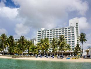 Fiesta Resort Guam גואם - בית המלון מבחוץ