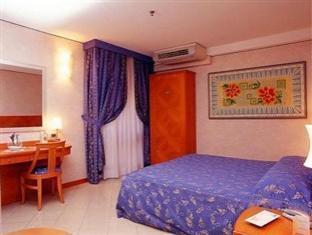 foto2penginapan-Hotel_Paradise