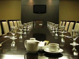 Bela International Hotel Ternate - Meeting Room