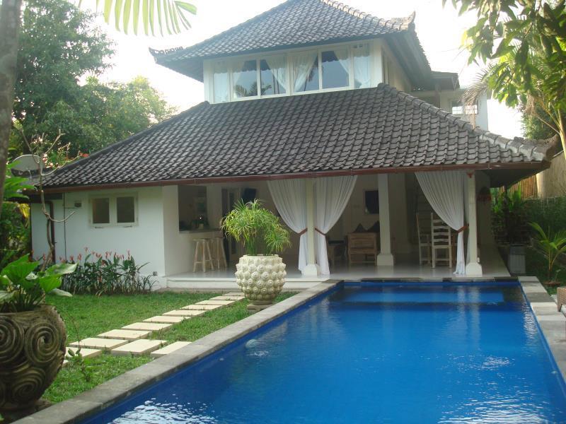 Hotell Kubu Pesisi Villas