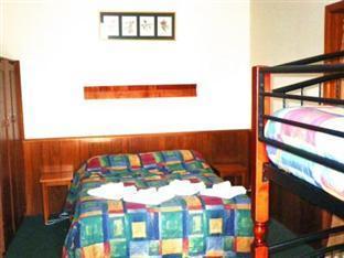 Lindisfarne Motor Inn - Room type photo
