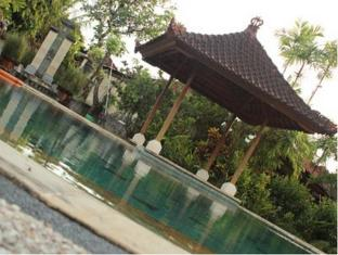 蘇崑峇里島別墅酒店 峇里 - 游泳池