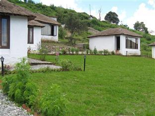 Kamp Land Nature Resort - Hotell och Boende i Indien i Nainital