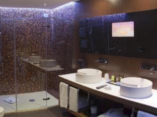 Berg Luxury Hotel Rome - Suite Bathroom
