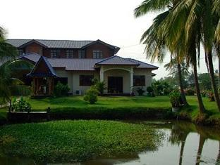 The Ricefields Hotel