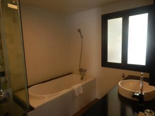 Crystal Palace Hotel Pattaya Pattaya - Bathroom - Deluxe