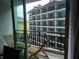 Crystal Palace Hotel Pattaya Pattaya - Deluxe - Balcony