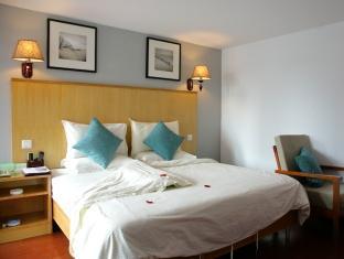 Huahong Hotel - Room type photo