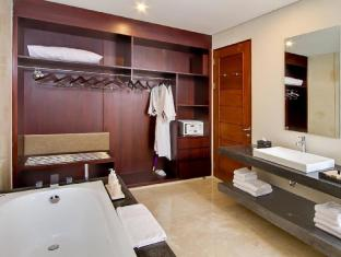 Amadea Resort & Villas Seminyak Bali Bali - Pool Villa 4 Bedroom - Bathroom