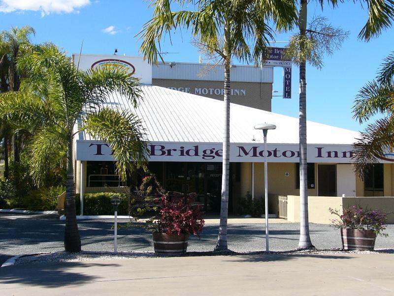 Bridge Motor Inn - Hotell och Boende i Australien , Rockhampton