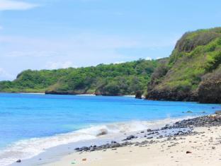 Seas Spring Resort Batangas - Beach