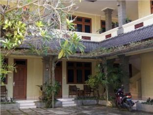foto4penginapan-Puri_Bunga_Inn