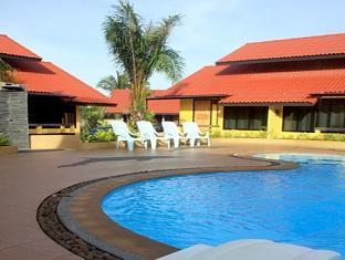 Tanisa Resort Chumphon - Svømmebasseng