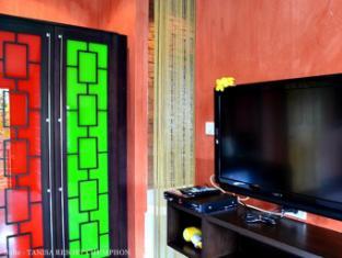 Tanisa Resort شومبون - غرفة الضيوف