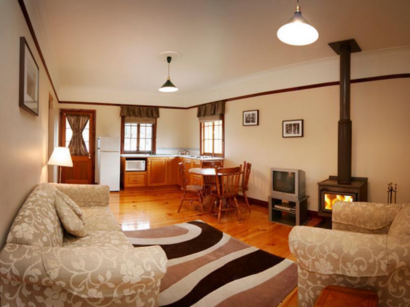 Cypress Ridge Cottages - Hotell och Boende i Australien , Stanthorpe