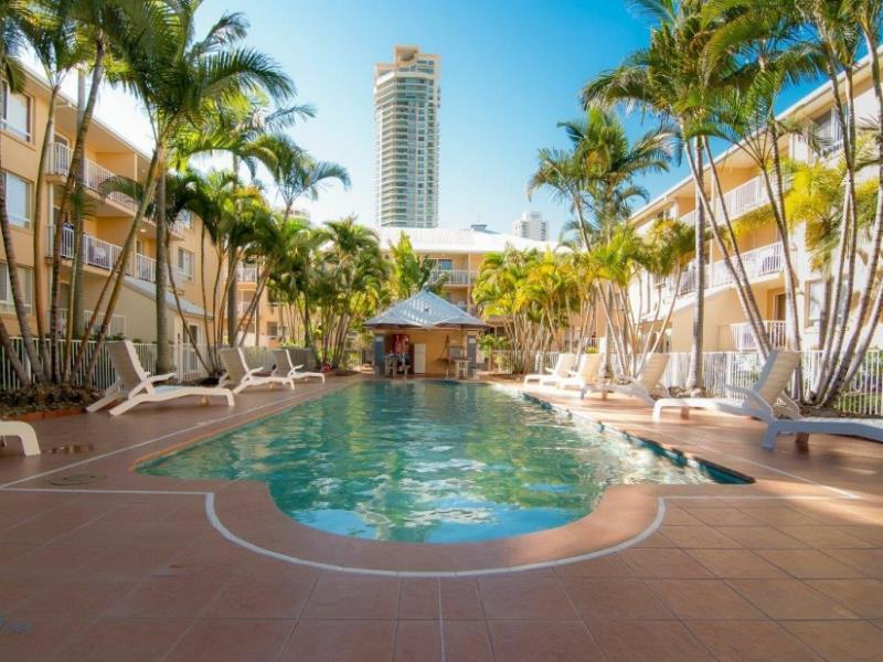 Bay Lodge Apartments