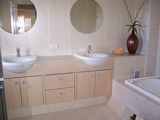 Casa Del Mar Gold Coast - Bathroom