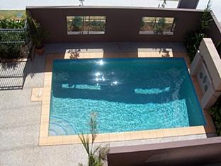 Casa Del Mar Gold Coast - Swimming Pool
