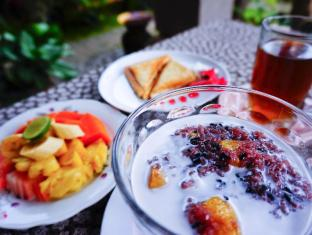 Desak Putu Putera Homestay Bali - Hrana i piće