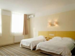 Super 8 hotel Changchun Beian - More photos
