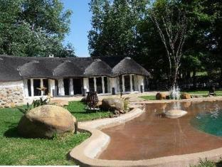Knorhoek Country Guesthouse Stellenbosch - Garden View
