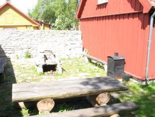 Punane Taanlane Guest House كوريسار - حديقة