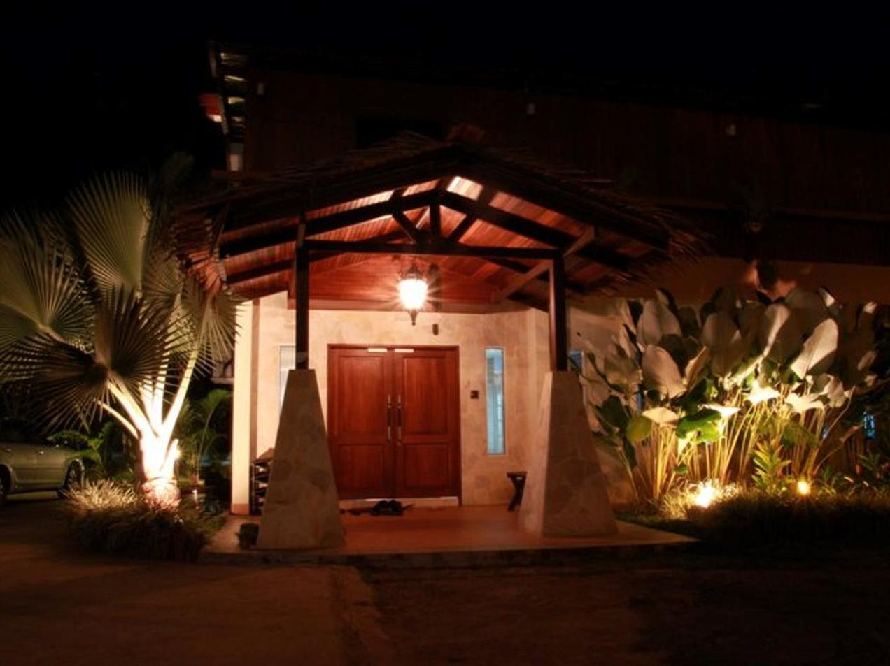 Planet Borneo Lodge