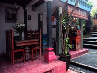 Teba House Ubud Guest House Bali - Empfangshalle