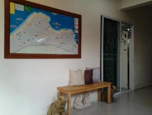 AT. Center Guesthouse and Motorbike Pattaya Pattaya - Surroundings