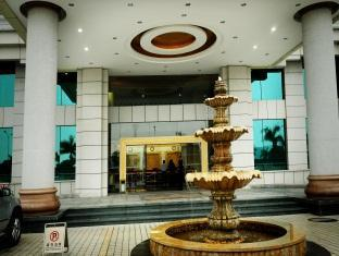 Yinhua Business Hotel - More photos