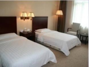Super 8 hotel Xian Beimen - Room type photo