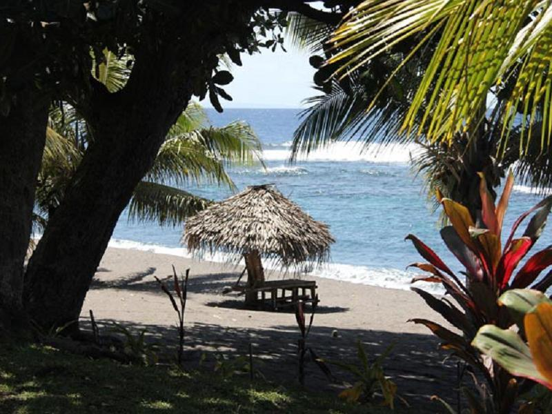 Friendly Beach - Hotels and Accommodation in Vanuatu, Pacific Ocean And Australia