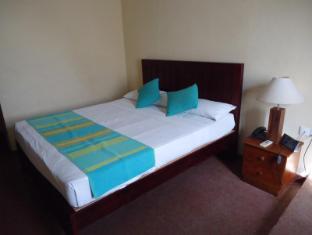 Indra Regent Hotel Colombo - Standard Room