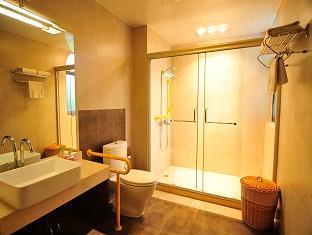 Golden Villa Hotel - More photos