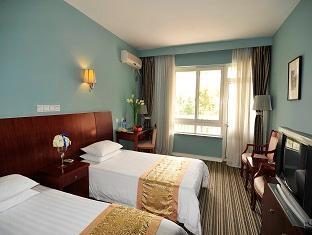 Golden Villa Hotel - Room type photo