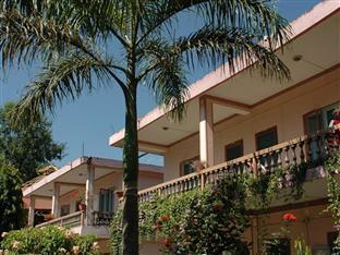 Rhino Lodge & Hotel 犀牛别墅及酒店
