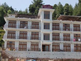 Hotell Dal Lake Resort